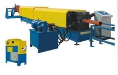 Cina Industrial Downspout Roll Forming Machine Dengan Mesin Bending Hydraulic Pipe pabrik